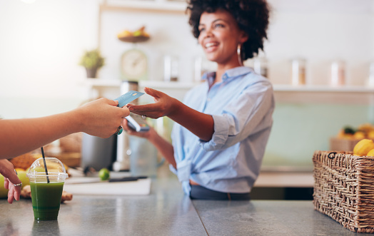 Will My Small Business Be Impacted If I Set a Minimum for Credit Card Purchases? (Podcast)